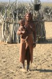 Himba Mutter mit Kindern